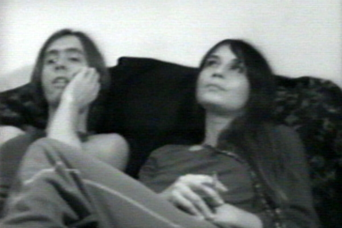 A still of the couple during the filming of <em>The Continuing Story of Carel and Ferd</em>.